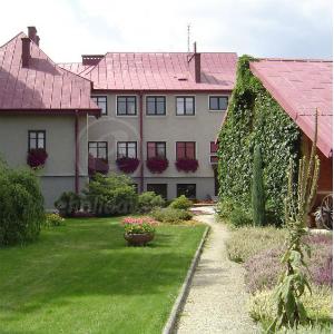 Dom rekolekcyjny w Koszycach Małych