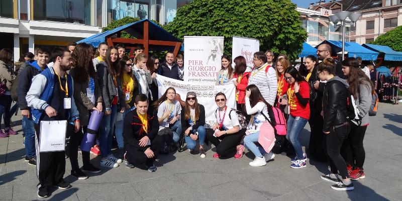 Sercanie na Spotkaniu Chorwackiej Młodzieży Katolickiej w Vukovarze