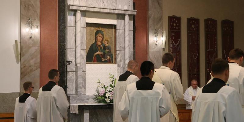 Macierzyństwo Maryi a synostwo sercanów