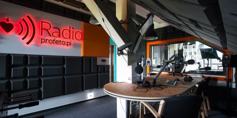 Rok od wejścia na FM – Radio Profeto świętuje!