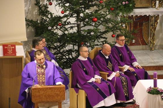 Pogrzeb księży Franciszka i Stefana (18).JPG