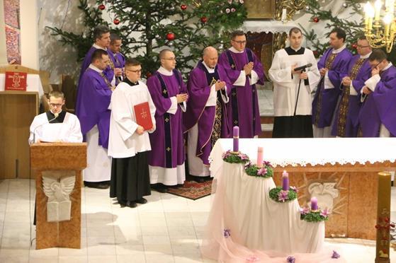 Pogrzeb księży Franciszka i Stefana (21).JPG