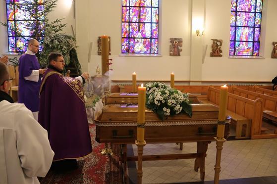 Pogrzeb księży Franciszka i Stefana (30).JPG