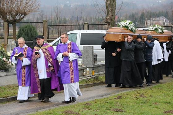 Pogrzeb księży Franciszka i Stefana (49).JPG