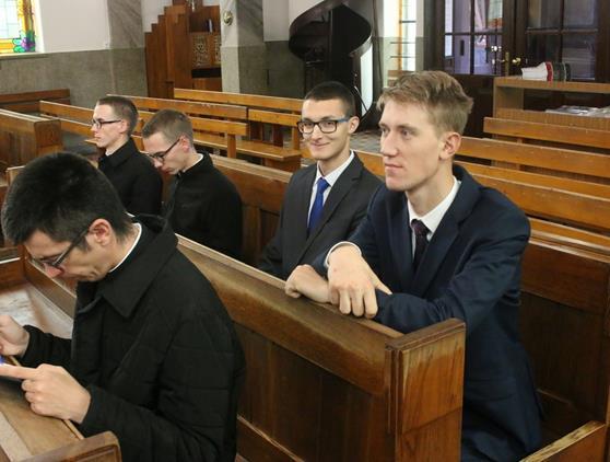 2017-10-07 Pielgrzymka do MB Plaszowskiej (1).JPG