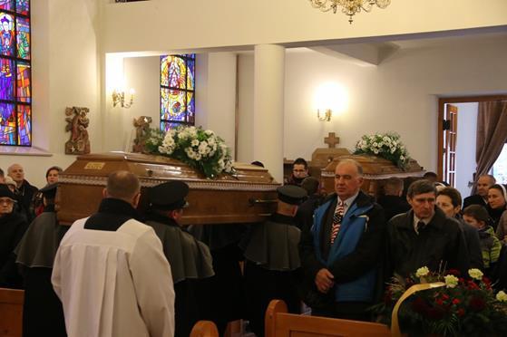 Pogrzeb księży Franciszka i Stefana (34).JPG