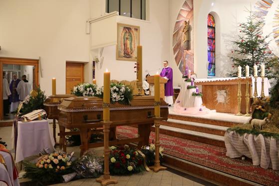 Pogrzeb księży Franciszka i Stefana (11).JPG